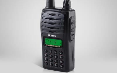 传统模拟通信与新兴数字通信的区分及优缺点